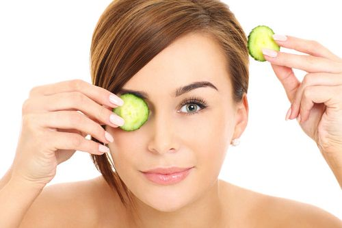 7 Best Home Remedies for Puffy Eyes