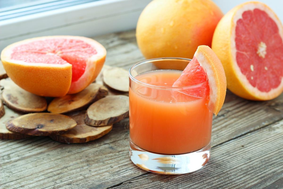 Grapefruit 12 Foods to Eat to Burn More Calories