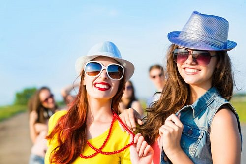 7 Fun Ways to Spread Optimism This Summer