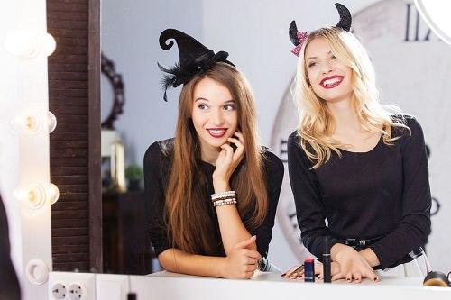 10 Amazing Last-Minute Halloween Costume Ideas