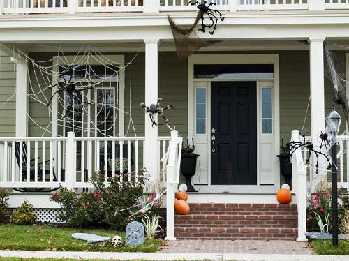 10 Cheap Outdoor Halloween Decorating Ideas Womanitely - Cheap Outside Halloween Decorations