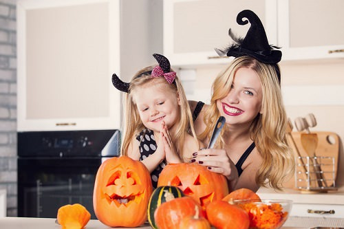 10 Kid-Friendly Ways to Celebrate Halloween at Home