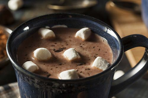 5 Healthy Reasons to Drink Hot Chocolate