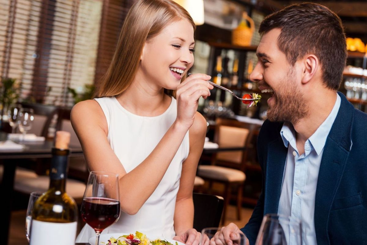 Foods You Should Never Eat on a Date