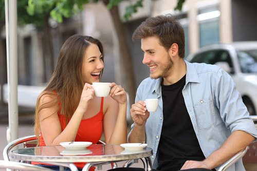 12 Worst Flirting Mistakes Women Make