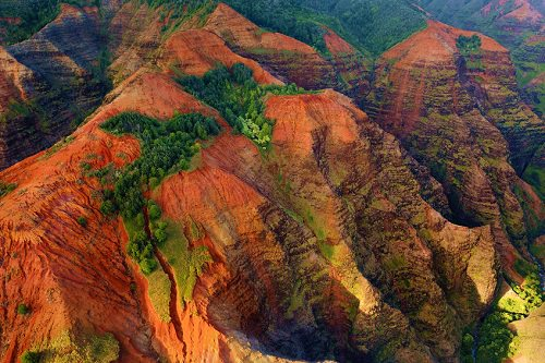 9 Most Impressive Tourist Attractions in Hawaii