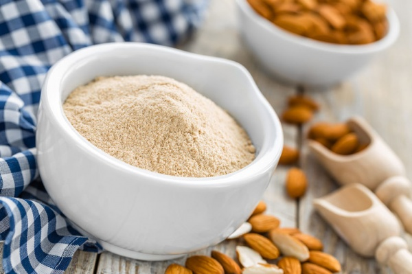 5 Insanely Great Benefits of Almond Flour
