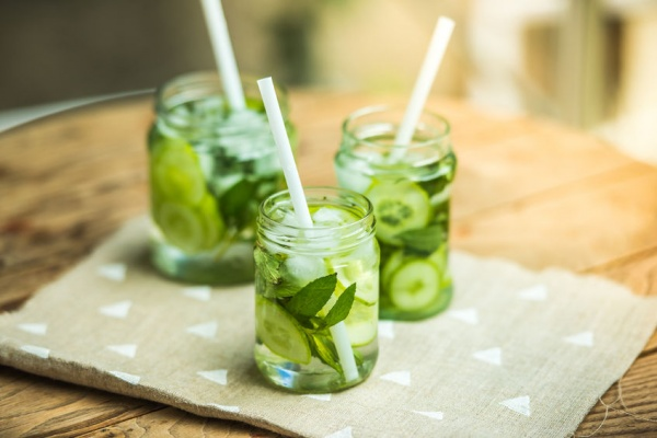 9 Health Reasons to Drink Cucumber Water