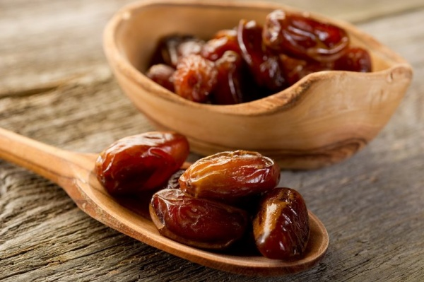 5 Reasons Why You Should Include Dates in Your Diet