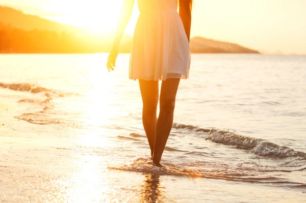8 Reasons to Date the Girl with a Complicated Past
