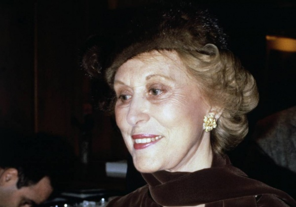 5 Inspiring Lessons to Learn from Estee Lauder