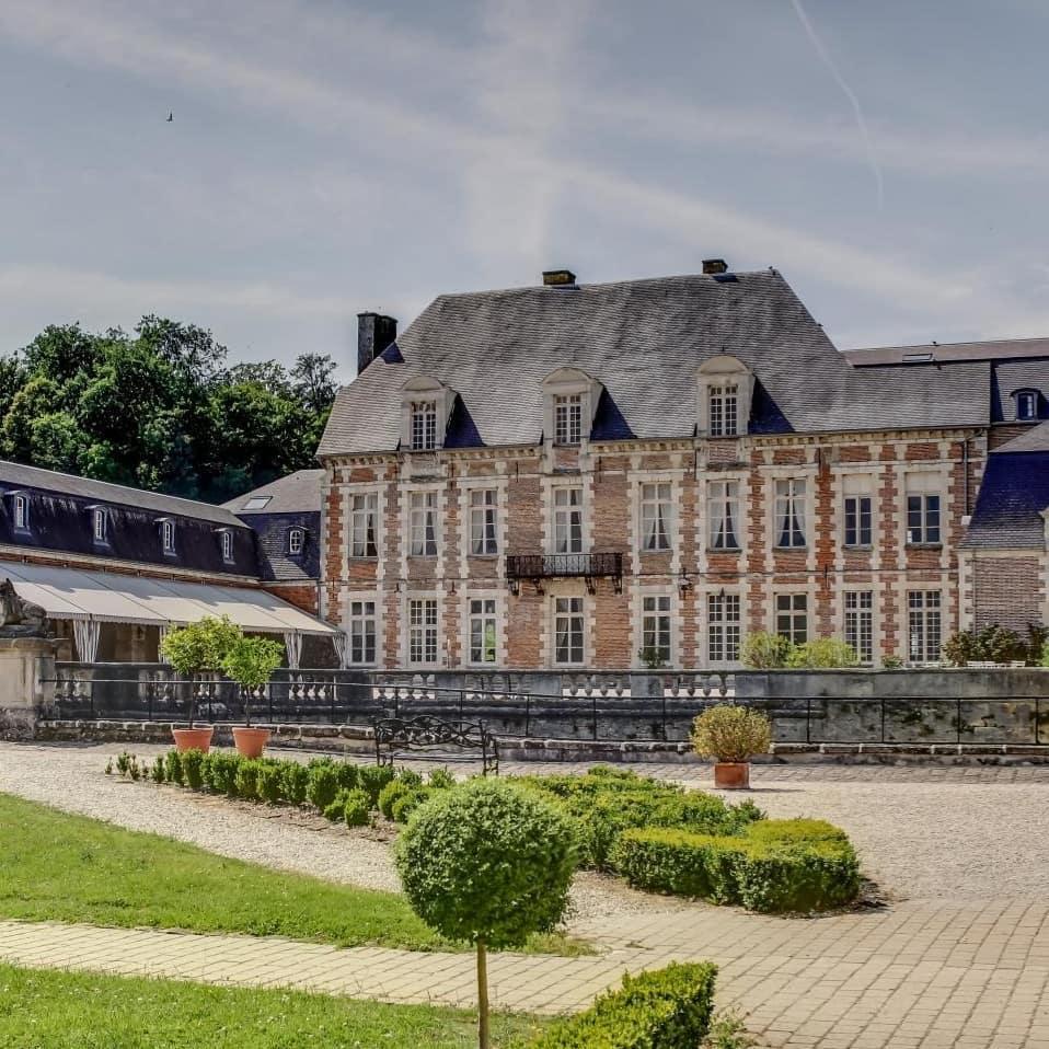 10 Impressive Ancient Castle Hotels around the World Château d'Etoges, France