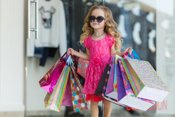 7 Money Lessons Your Kids Should Learn from an Early Age