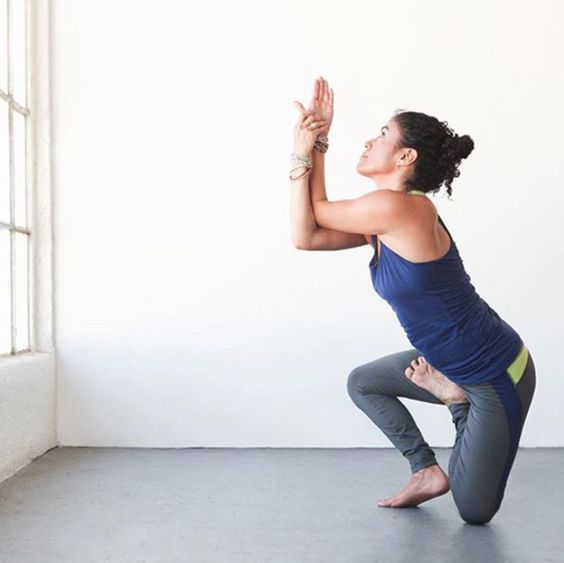 10 Yoga Poses That Imp...