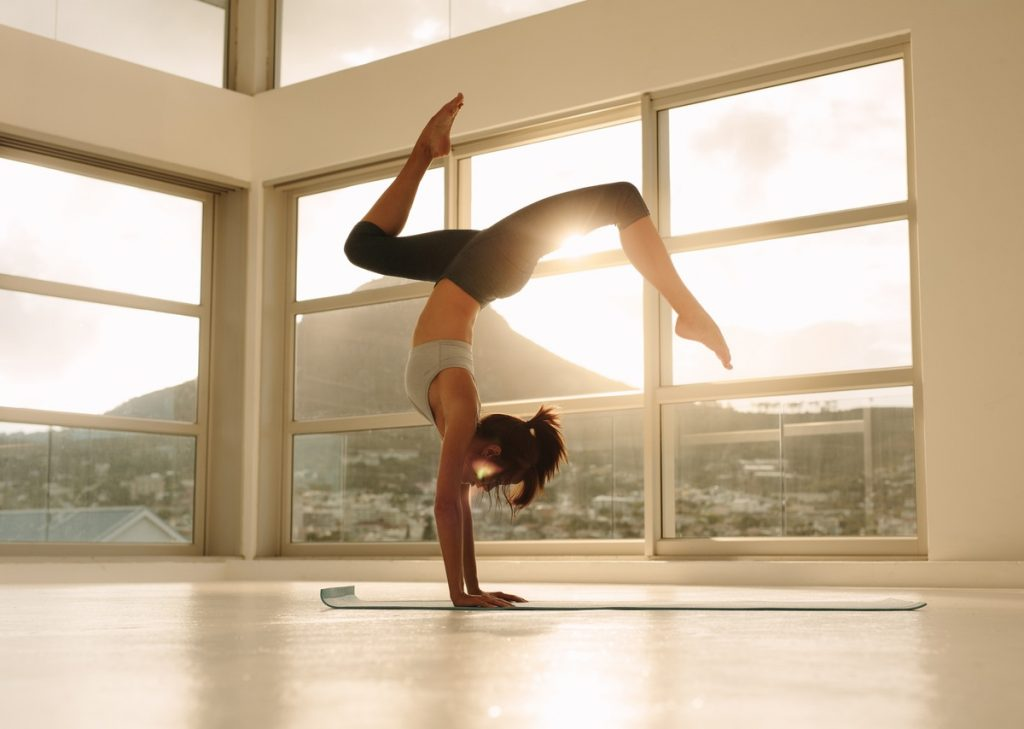 10 Powerful Yoga Poses to Get a Flat Stomach