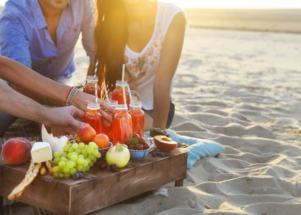 5 Essential But Forgotten Things to Bring to the Beach for Labor Day