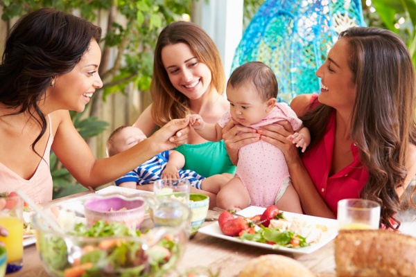 8 Things Your Childfree Friends Are Thinking About Your Kids
