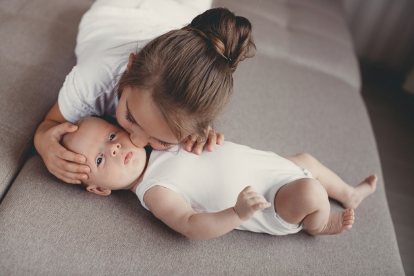 10 Ways to Help Your Children Adjust to a New Baby