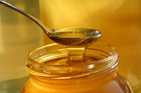 How to Make Creamed Honey at Home