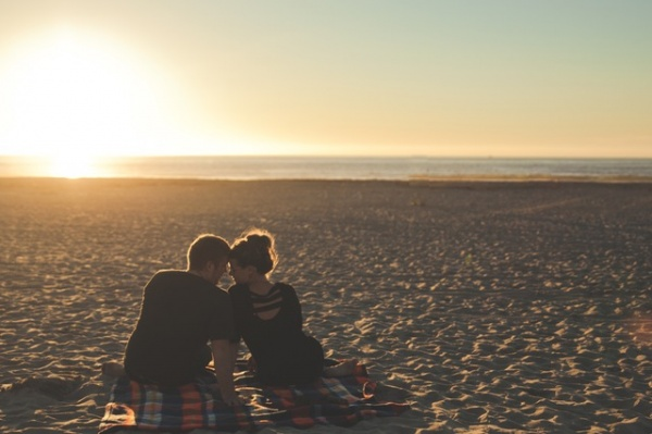 10 Ways to Fan the Flame in Your Love Life
