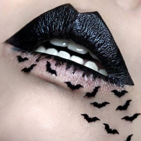 Halloween Lip Art boldly batty