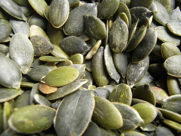 6 Scientifically Proven Health Benefits of Pumpkin Seeds