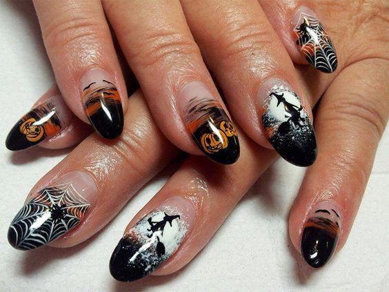 10 Creeptastic Halloween Nail Designs