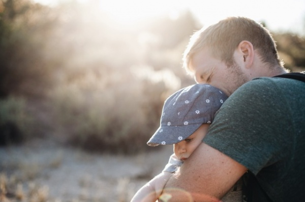 4 Ways to Overcome Jealousy of How Much Your Husband Loves Your Kids
