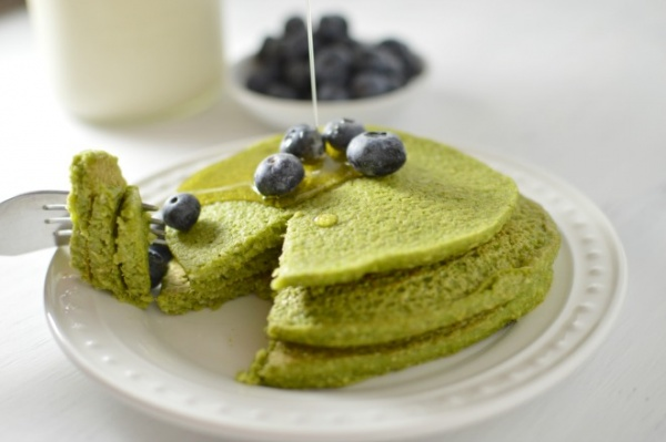 Spinach Oatmeal Pancakes