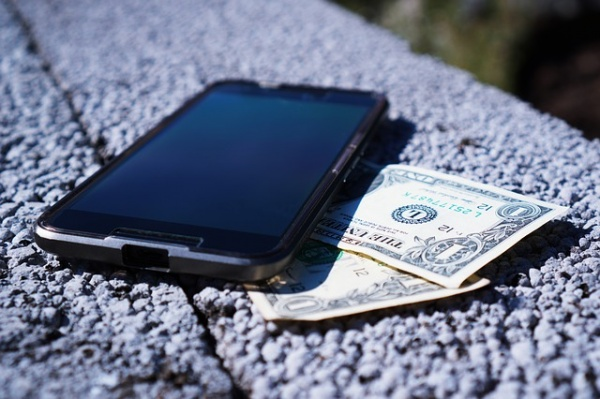 10 Ways to Teach Your Teenager Financial Responsibility