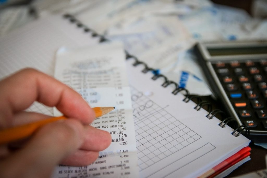Ways to Reduce Your Monthly Bills