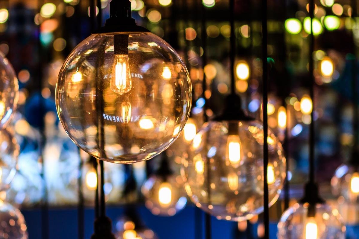 Beautiful lights 10 Interior Decoration DIY Ideas Your Wallet will Love