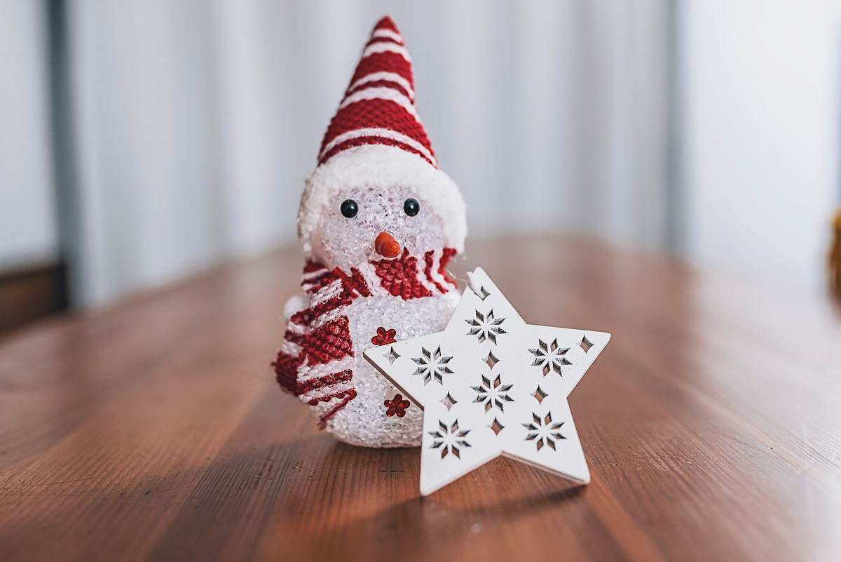 Create a Decorative Snowman 10 Things to Do With Used Aluminum Cans