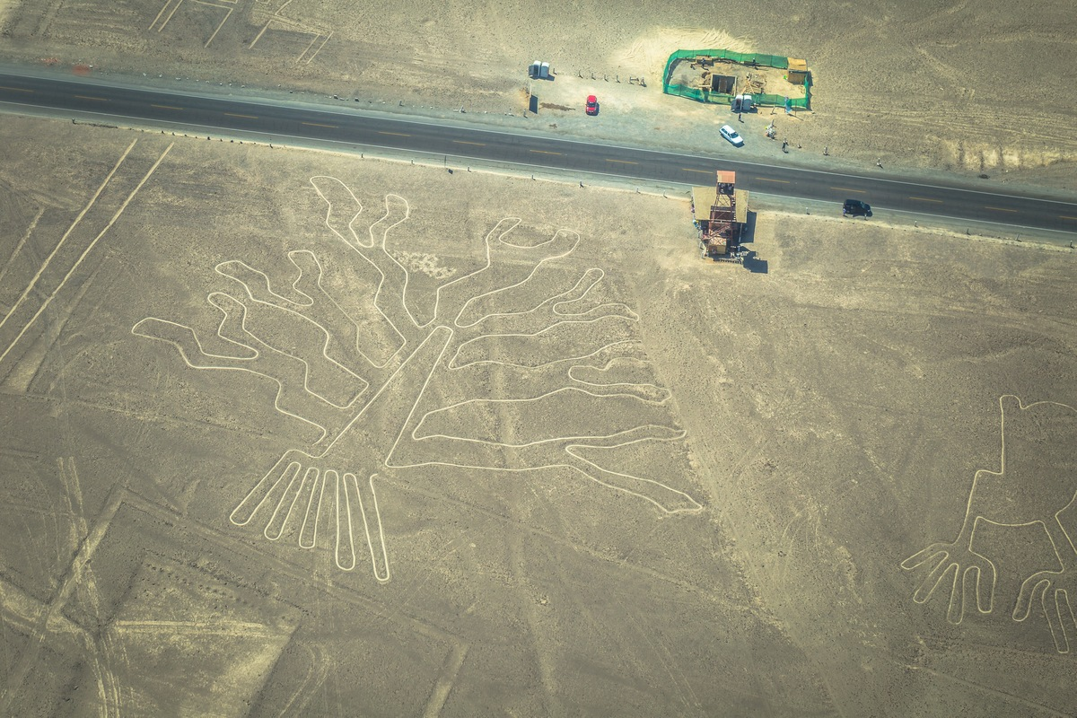 Nazca Lines (Peru) 10 of the most enigmatic places on earth