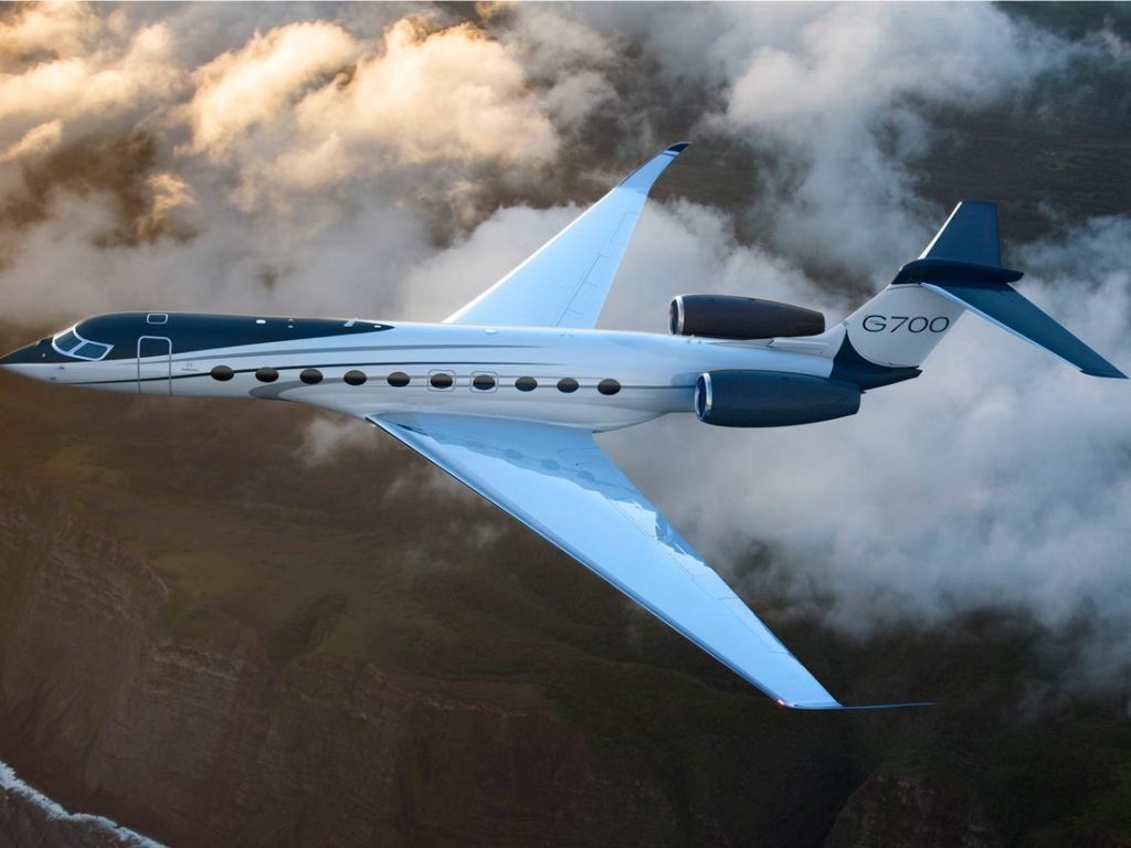 12 Best Private Jet Companies For Private Jet Charter